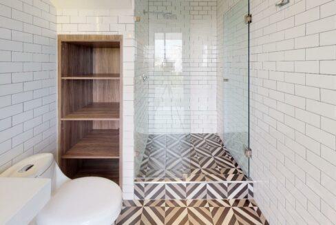 Dakota-366-Bathroom
