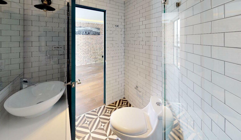 Dakota-366-Bathroom(2)